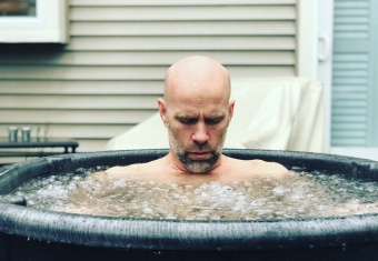Navy SEAL Commander, Errol Doebler, practicing cold therapy